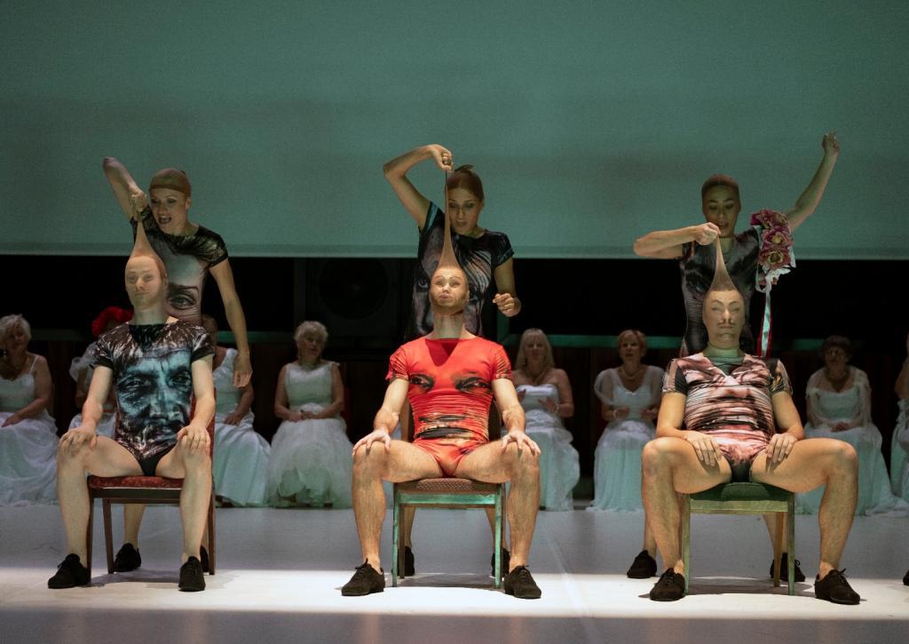 Scena Otwarta Spektakl Wesele Poprawiny Centrum Sztuki Mościce